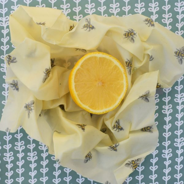 Cling Cloth Small Pack beeswax food wraps make in the UK - perfect for half fruits and vegetables for keeping