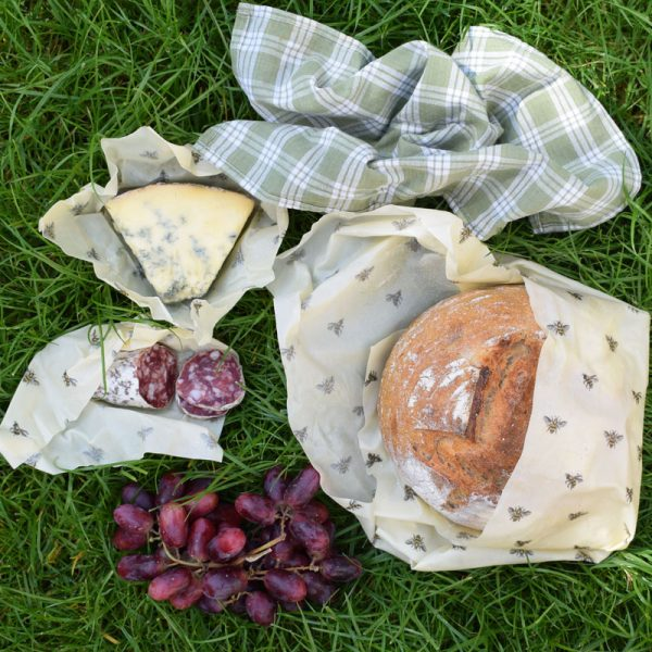 Cling Cloth Variety Pack beeswax food wraps make in the UK - Variety Pack for all your needs.